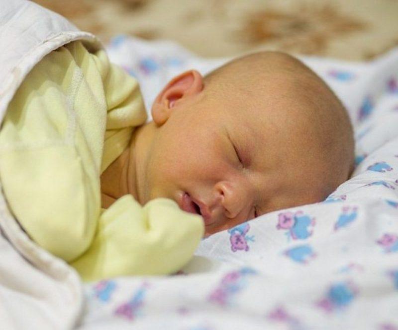 Повышенный билирубин у новорожденного в крови: лечение детей, последствия