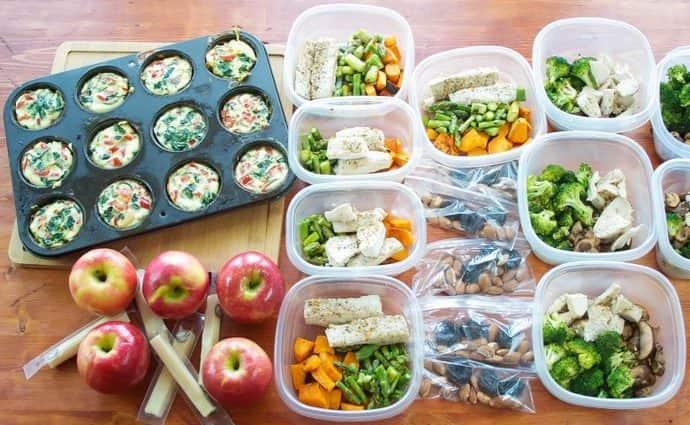 В первую очередь диета при увеличенной печени предусматривает дробное питание