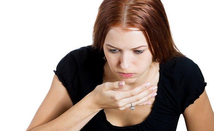 Первые симптомы дисфункции органа достаточно расплывчаты, человек может не подозревать, что проблема именно в печени.