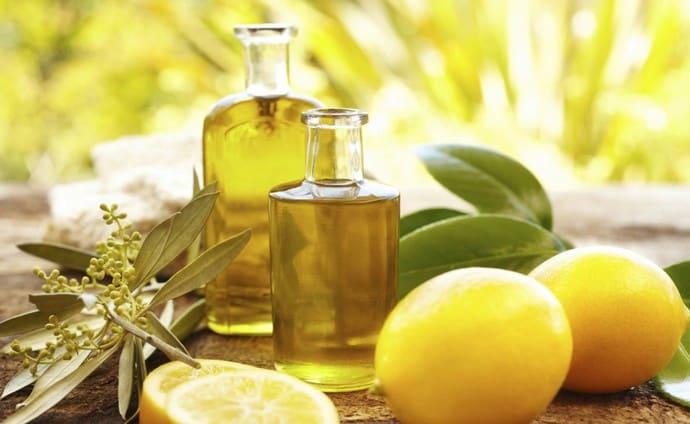 Один из самых популярных методов чистки печени это применение лимонного сока и оливкового масла.