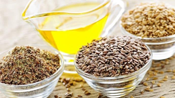Льняное масло многие люди применяют для очищения печени.