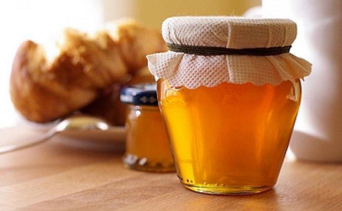 Мед обладает рядом полезных свойств.