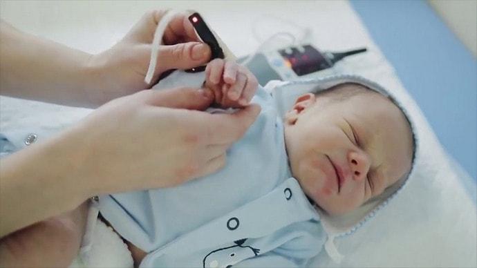 При гепатите у новорожденных клиническая картина довольно смазанная.