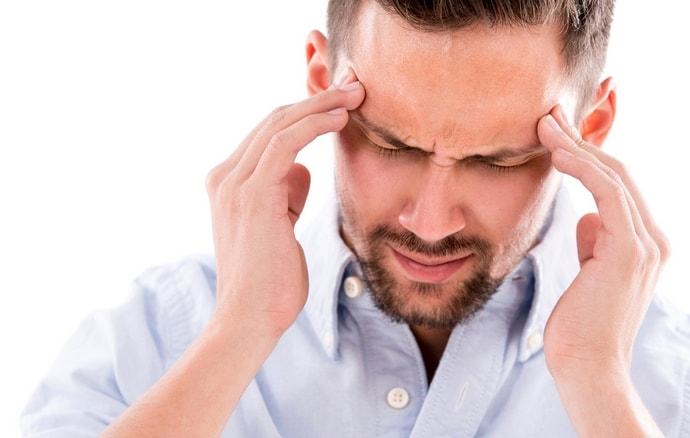 При одновременном приеме Гептрала и алкоголя можно столкнуться с мигренями, бессонницей.