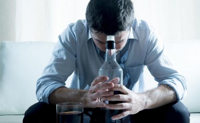Есть определенные признаки, свидетельствующие о том, что печень нуждается в очищении после употребления алкоголя.
